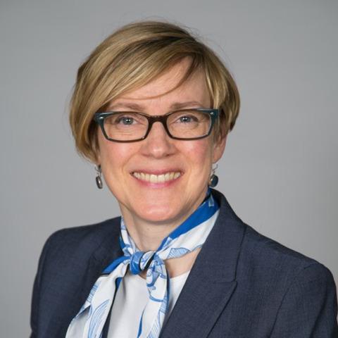 Lorraine McCallum